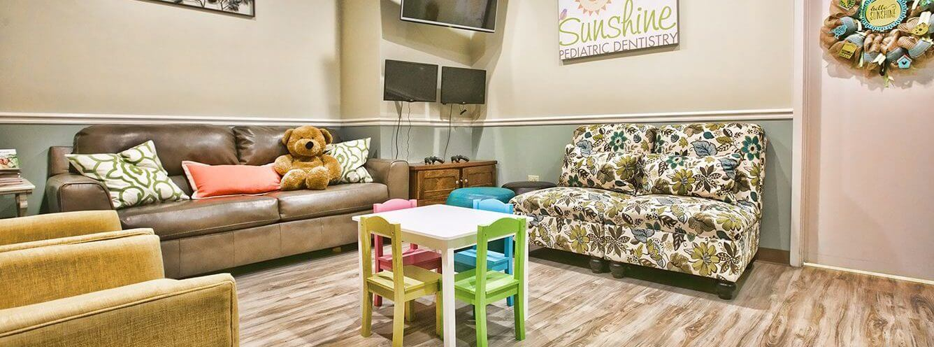 A view of the comfortable waiting room at Sunshine Pediatric Dentistry.